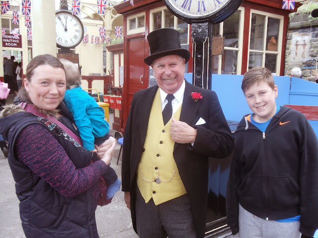 a family saying hello to the Fat controller