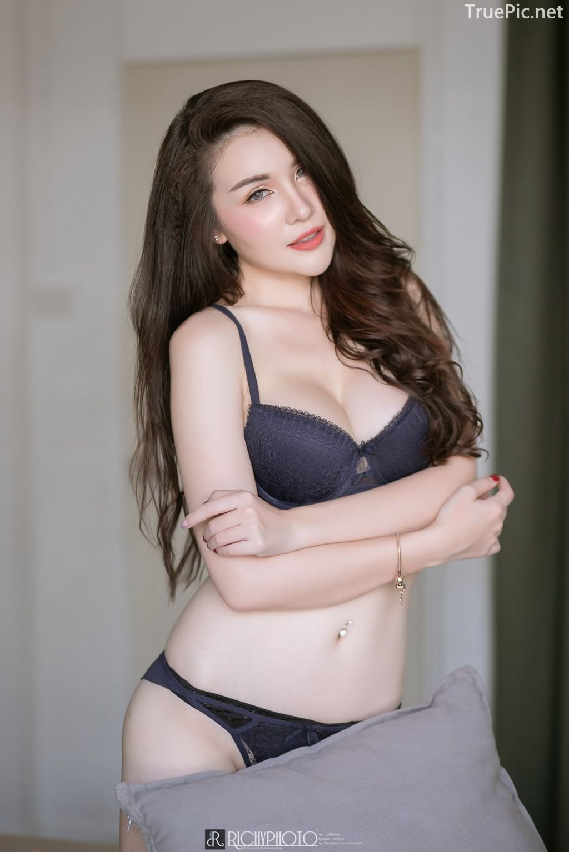 Image-Thailand-Model-Cherry-Pawan-Jaroeninlaphat-Sexy-Black-Lingerie-TruePic.net- Picture-1