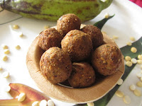 https://www.priyasvirundhu.com/2019/11/vazhaikkai-kola-urundaiplantain-spicy.html#.XeADa-gzbIU