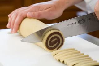 Cách làm Bánh quy vòng xoáy (Pinwheel Cookies)