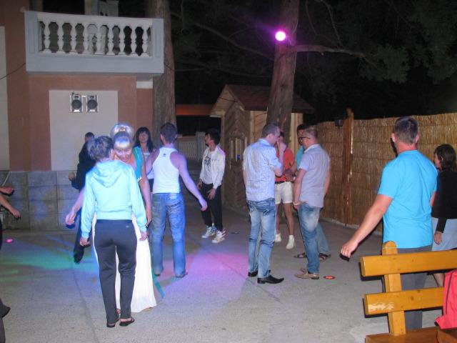 Танцы в баре Ежи, Симеиз