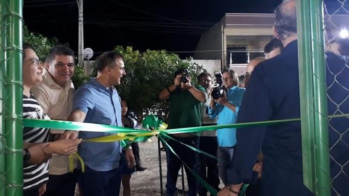 Areninha de Senador Sá é inaugurada e segue para uso pela população.