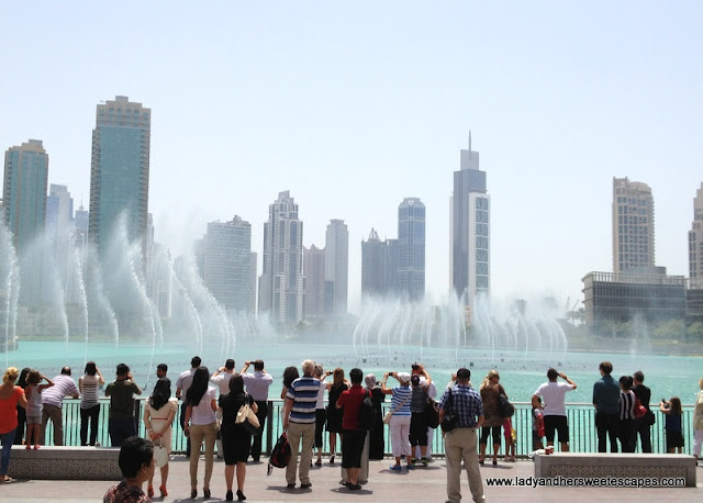 Dubai Fountain afternoon show