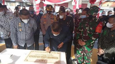 Gubernur Sulsel Resmikan Watampone Green Epicentrum, Bone Punya Ikon Baru