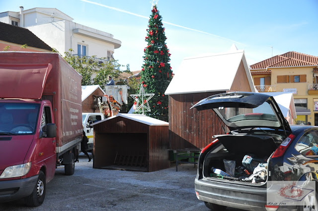 Πρέβεζα: Πυρετώδεις Οι Εργασίες Το Χριστουγεννιάτικο Χωριό Της Χαράς Που Φέτος Θα Φιλοξενεί Και Παγοδρόμιο!