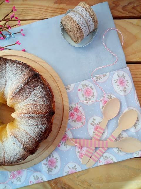 Bizcocho de anís y limón. Receta tradicional para desayunos y meriendas.