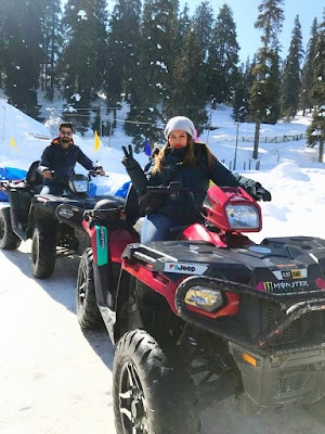 aktivitas liburan musim salju di kashmir