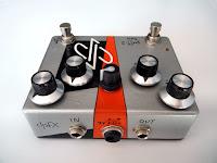 dpFX FuzZ-2 Bass w/ clean blend, octave-up & mids filter