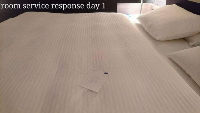 Bored Business Traveler 'Challenges' His Housekeeper In A Funny And Creative Way - As you can see, he did make the housekeeper smile