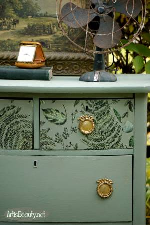 https://www.artisbeauty.net/2018/11/vintage-small-chest-of-drawers-makeover.html