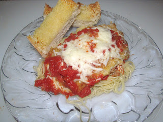 2 Resep Masakan Italia Halal Yang Mudah Dibuat : Bruschetta Bawang dan Cara Membuat Chicken Parmigiana