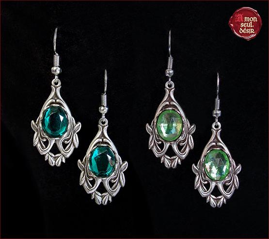 boucles d'oreilles elfique médiéval vert émeraude vert péridot