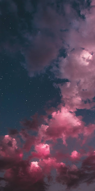 Aesthetic pink clouds in the starry night