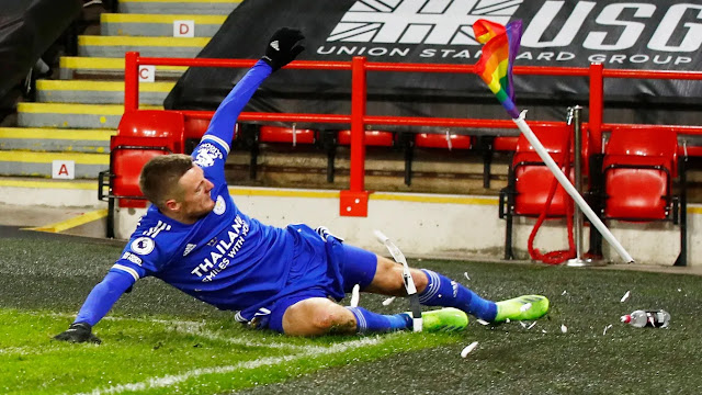 Jamie Vardy celebrating his goal for Leicester city