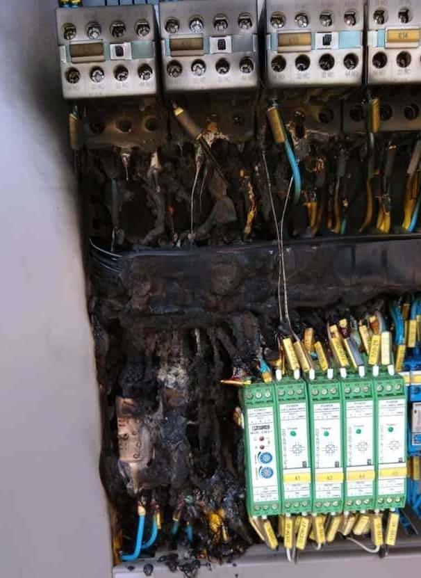 Rio Negrinho fica sem energia elétrica por conta de furto de cabos