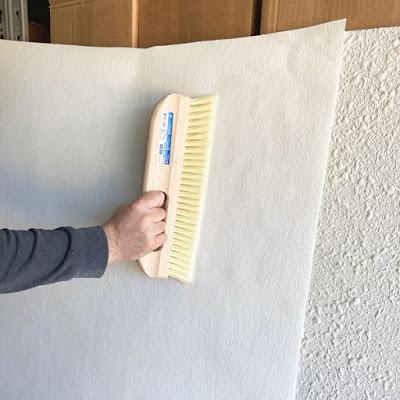 Aplicar papel pintado sobre gotele
