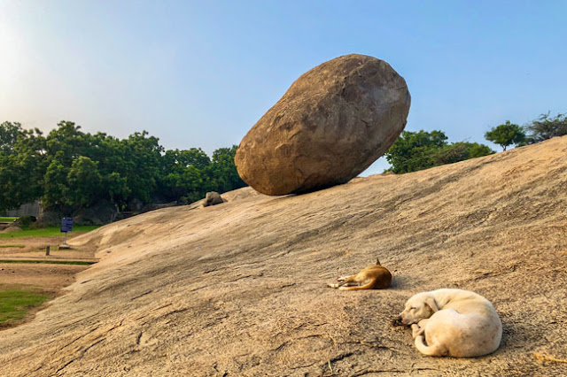 butter ball photo UNESCO Mahabalipuram Tamil Nadu