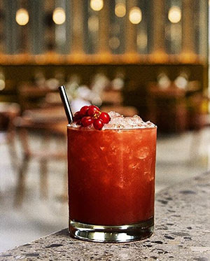 Travel Guide | Cocktails in Paris: Two Places to go for Drinks on your Next Visit