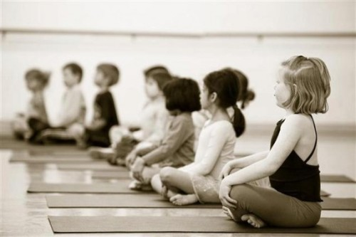 15 Yoga Poses For Children - Langkah & Manfaat