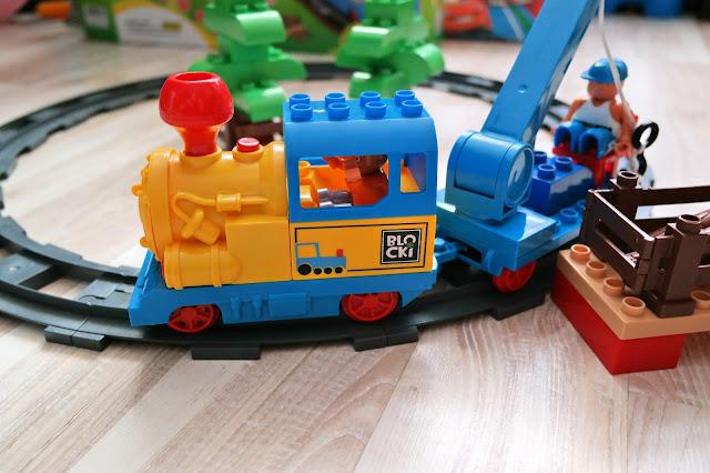 lokomotywa z klocków