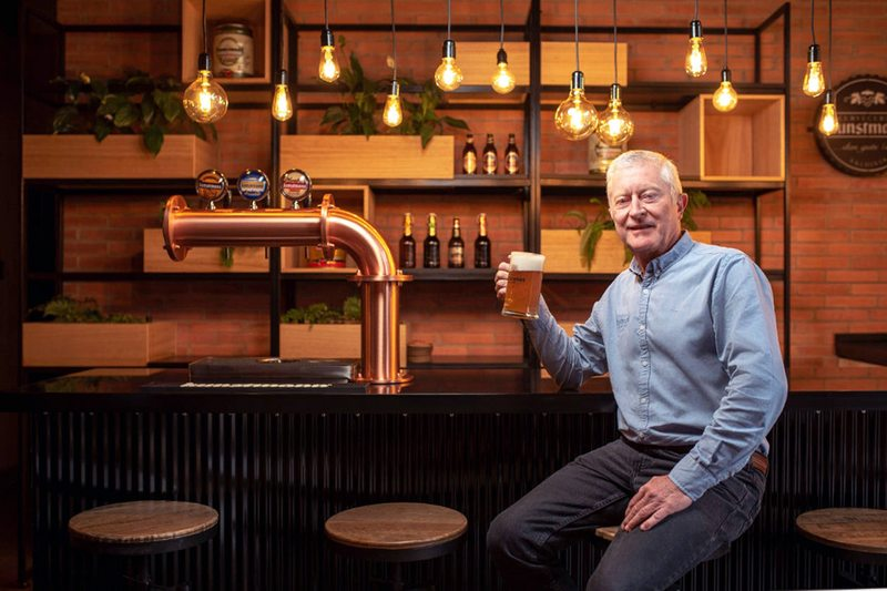El homenaje cervecero del dueño de Kunstmann a 60 años del terremoto de Valdivia