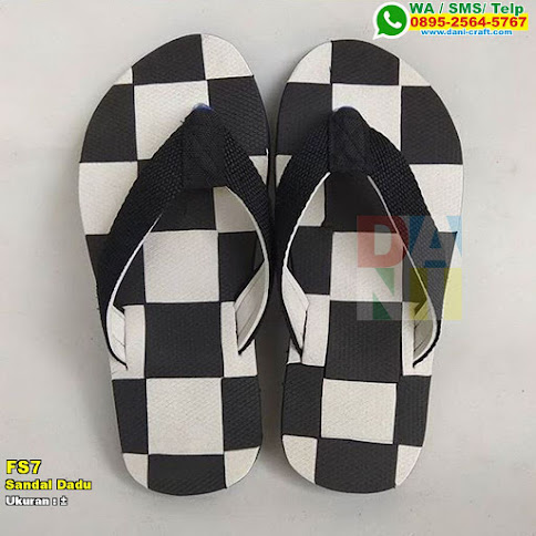 Sandal Dadu
