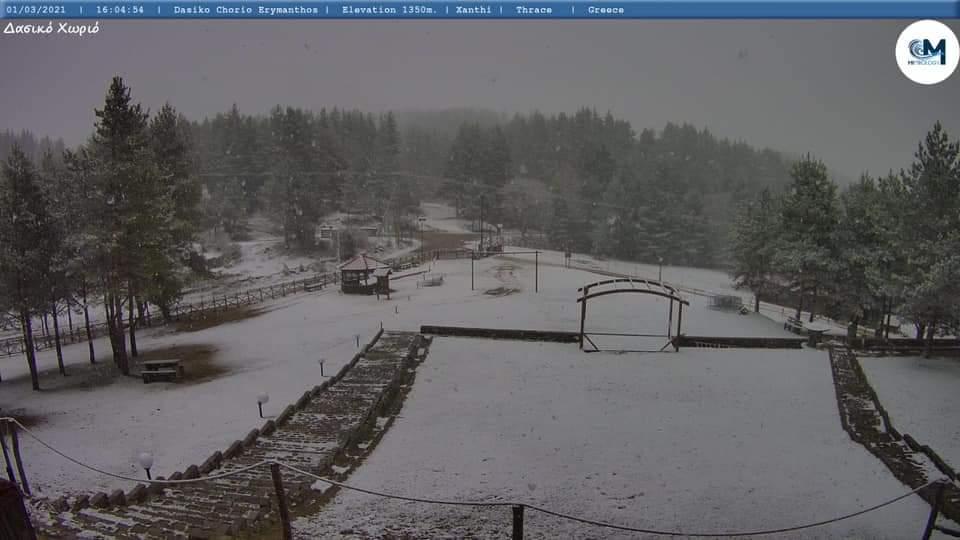 Ξάνθη: Μάρτης με χιόνια στο Δασικό Χωριό [ΦΩΤΟ]