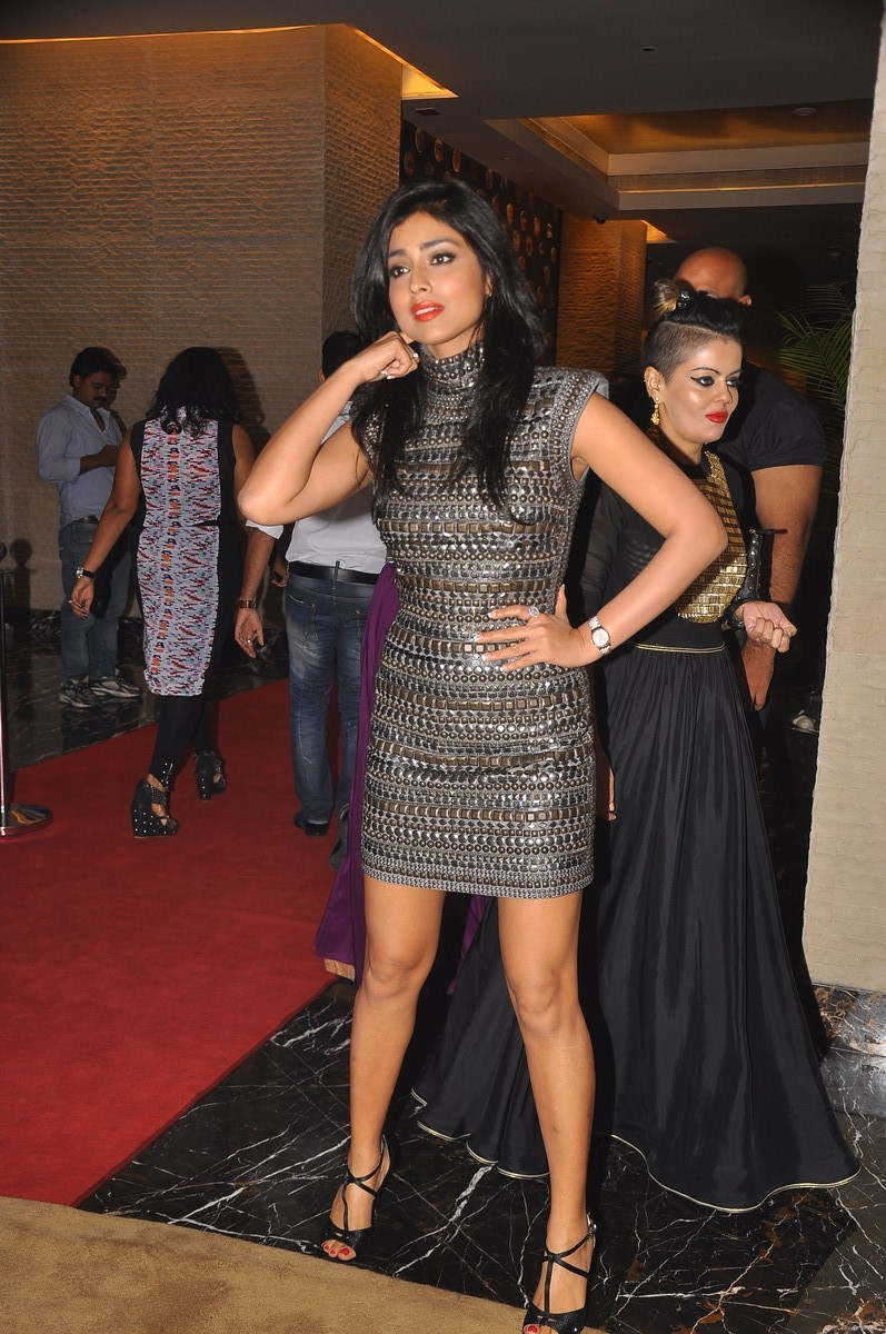 Glamorous Shriya saran at siima awards