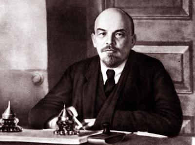 В.И.Ленин. Фото в рабочем кабинете.