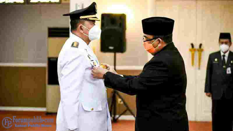 Wagubri Resmi Lantik Jonli jadi Penjabat Walikota Dumai