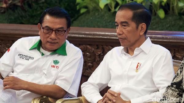 Isu Reshuffle, Masihkah Moeldoko Bertahan Jadi Teman Jokowi?