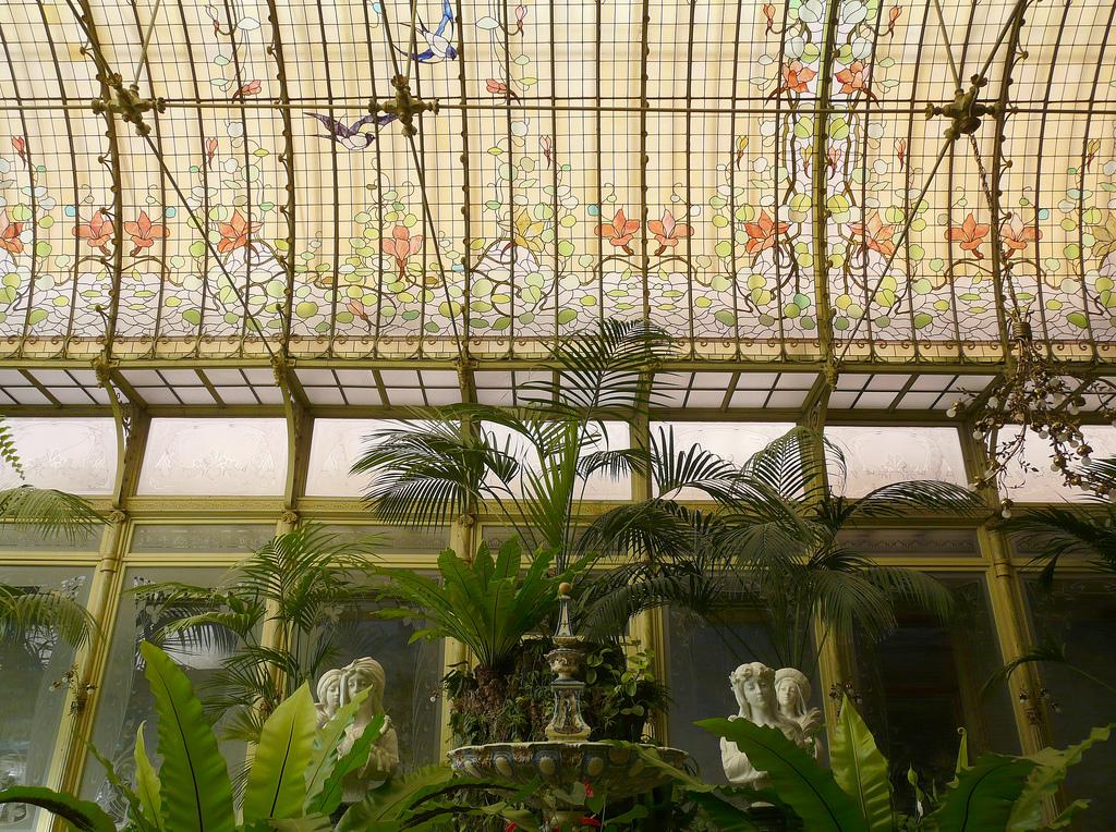 HOME & GARDEN: Un Jardin d\'hiver Art Nouveau