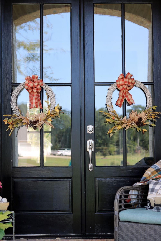 fall-decorating-decor-porch-wreath-swag-monogram-sign
