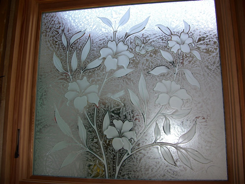 Foundation Dezin & Decor...: Glass window design.