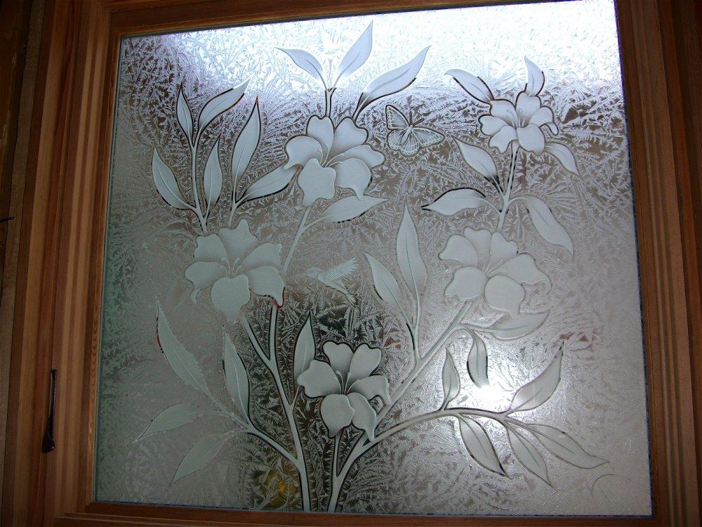Foundation Dezin & Decor...: Glass window design.