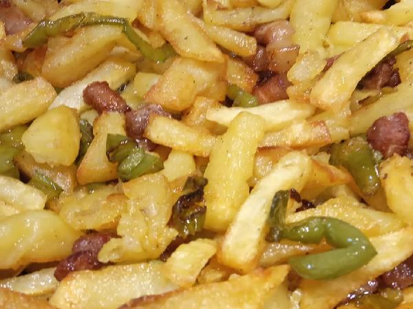 Patatas Camperas Con Pimiento Y Bacon