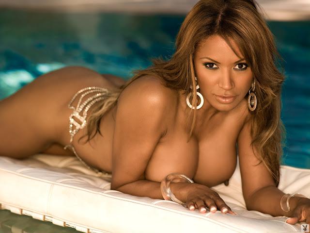 Tracy Bingham nude