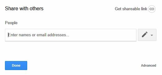Điền email của người sẽ được chia sẻ