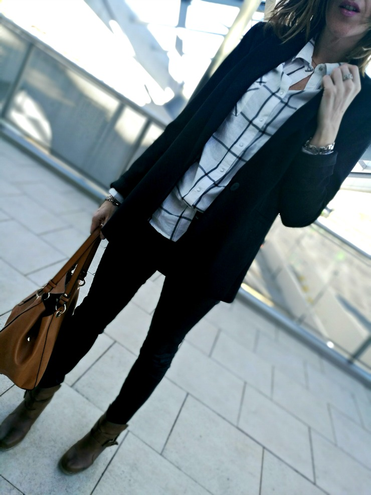 14.03.2017 #LOOK. Black & Squared Shirt