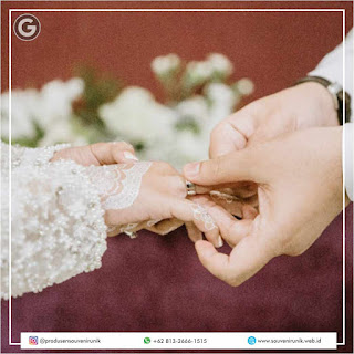 WAJIB TAHU! Tips Memilih Souvenir Pernikahan Unik Dan Murah