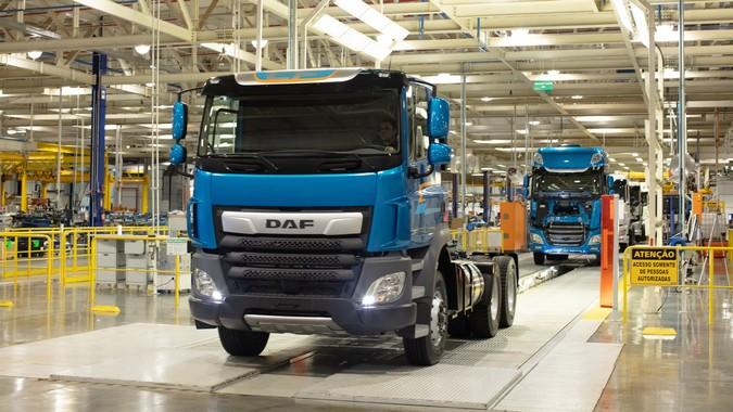 Produção de caminhões cresce 84% no primeiro quadrimestre de 2021