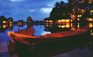 Kampung Sampireun Garut Jawa Barat