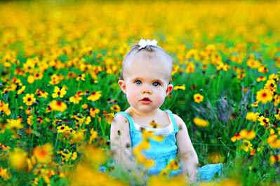 छोटे बच्चों की फोटो चाहिए क्यूट बच्चों की फोटो