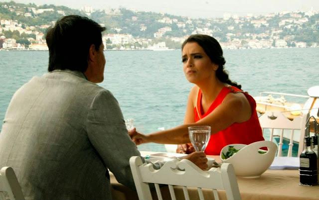 Seriale Online, În timp ce Omer şi Leyla făceau pregătirile de nuntă fără a şti ce se întâmplă