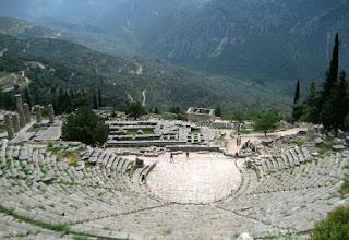 3. Teater Delphi
