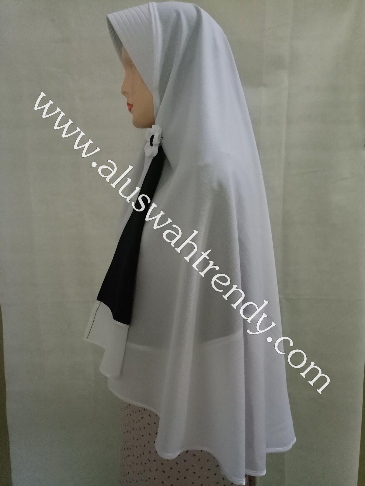 Jilbab Khimar Bolak-Balik Dua Warna Hitam Putih 28