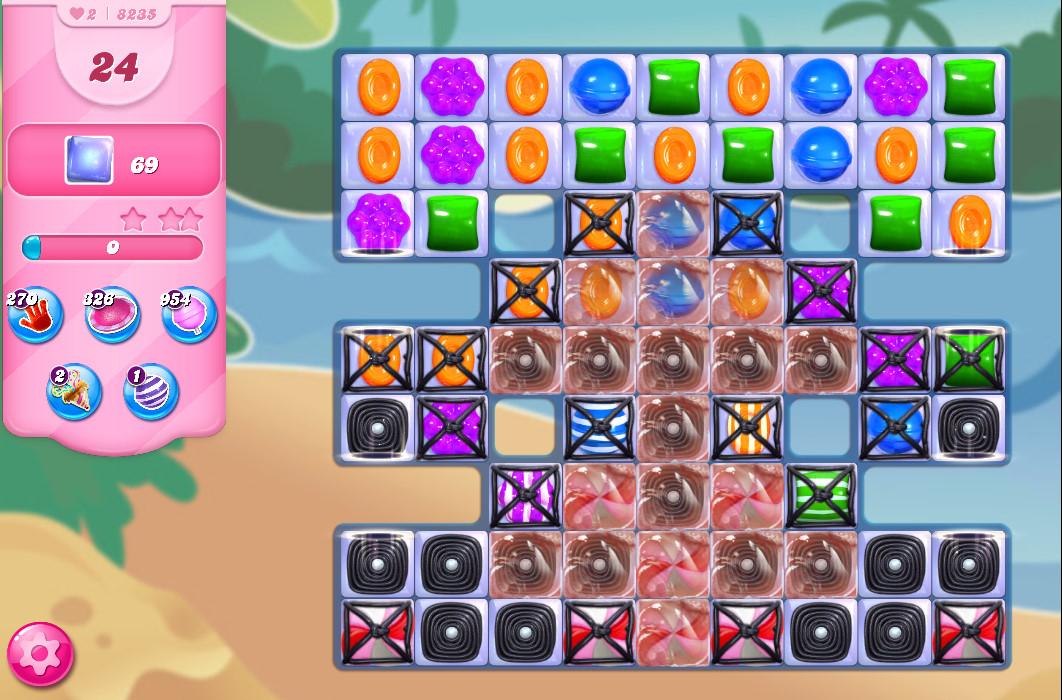 Candy Crush Saga level 8235