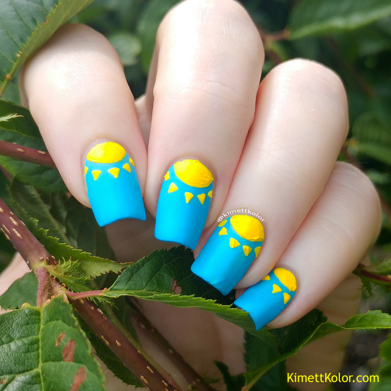KimettKolor Neon Sunshine Nail Art