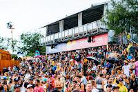 5 Crowd quiksilver pro gold coast 2017 foto WSL Ed Sloane