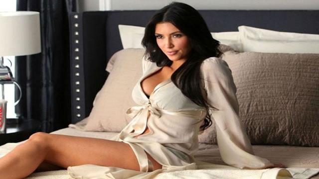 Kim Kardashian publica el primer topless del año en Instagram